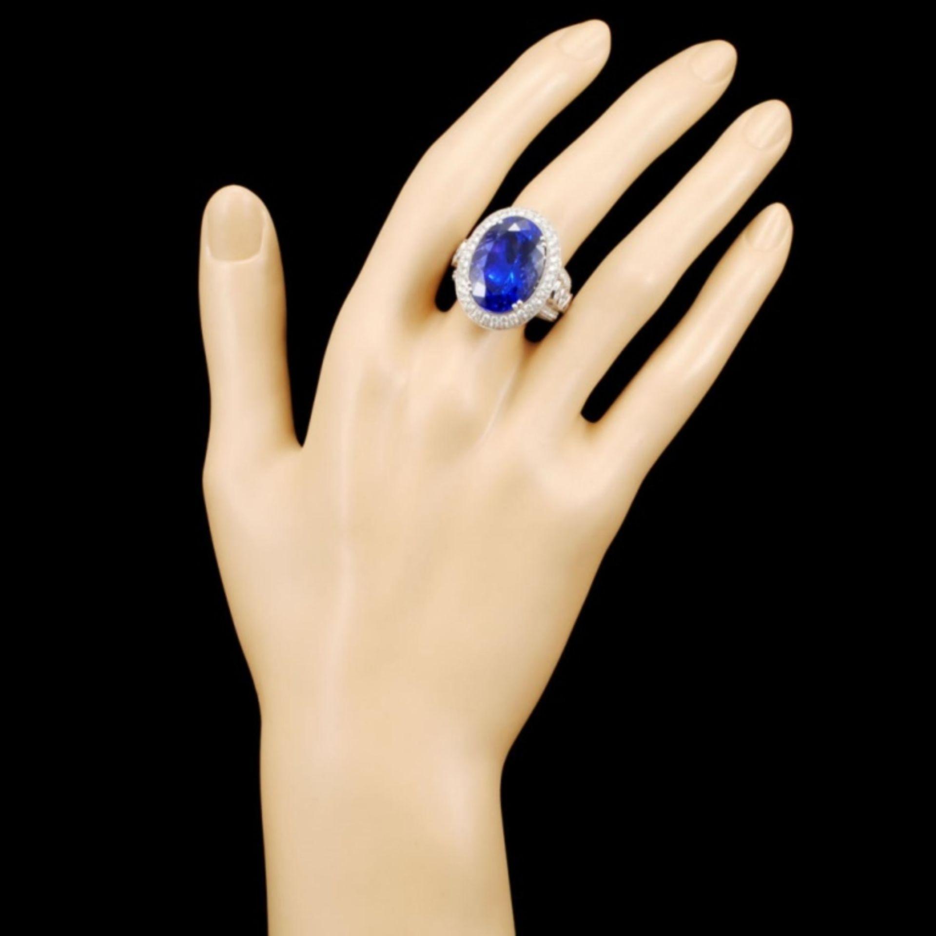 18K Gold 17.41ct Tanzanite & 3.68ctw Diamond Ring - Image 4 of 5