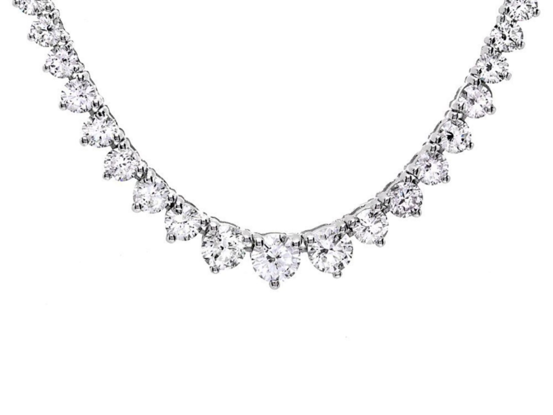 18k White Gold 7.80ct Diamond Necklace - Image 4 of 4