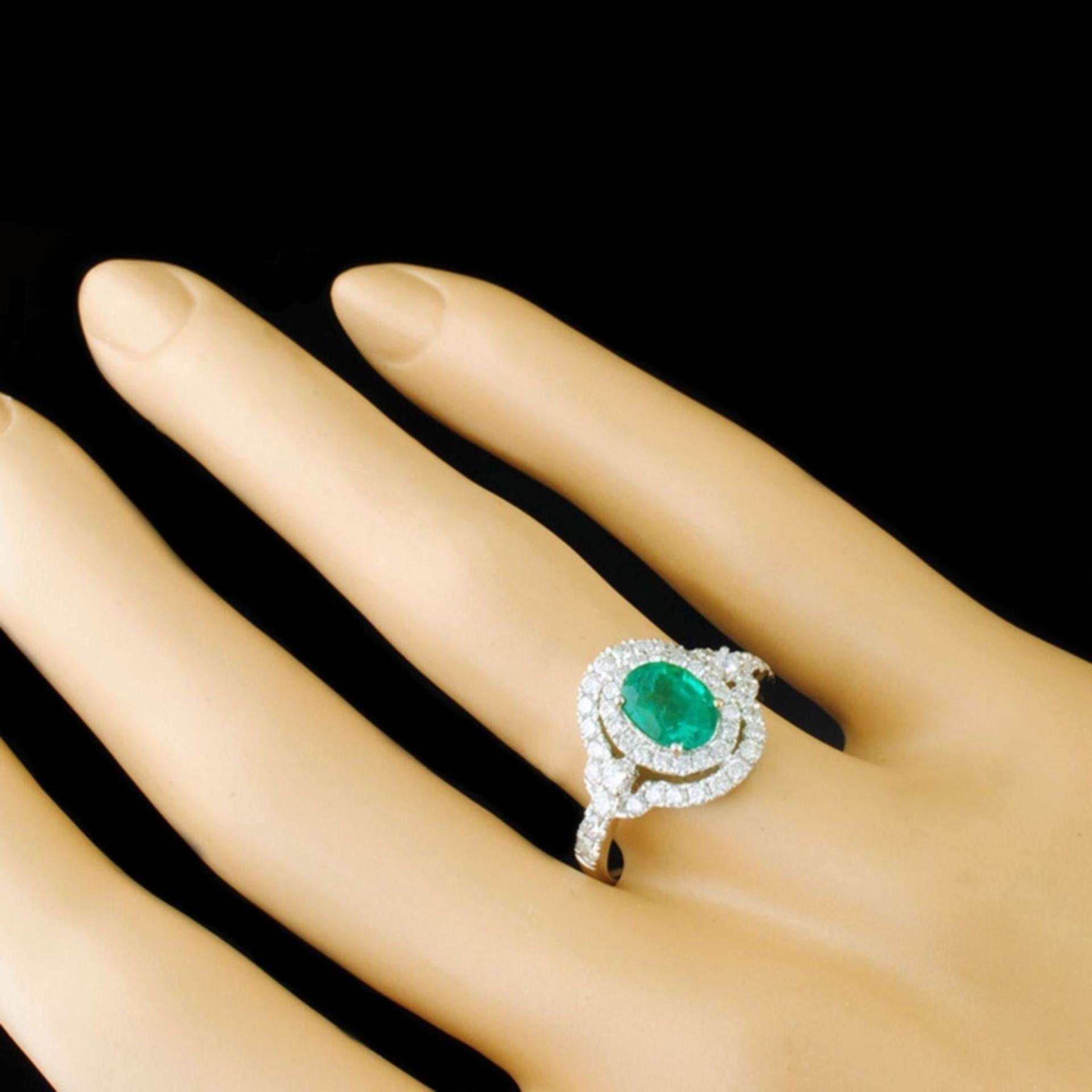 18k White Gold 0.93ct Emerald & 0.82ctw Diamond Ri - Image 3 of 4
