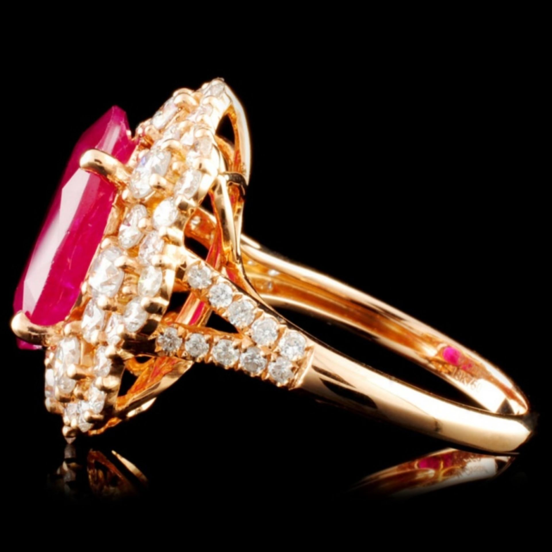 18K Gold 5.67ct Ruby & 2.08ctw Diamond Ring - Image 3 of 4