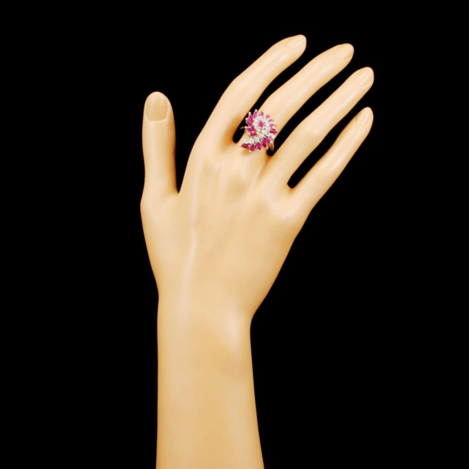 14K Gold 1.92ct Ruby & 0.35ctw Diamond Ring - Image 4 of 5