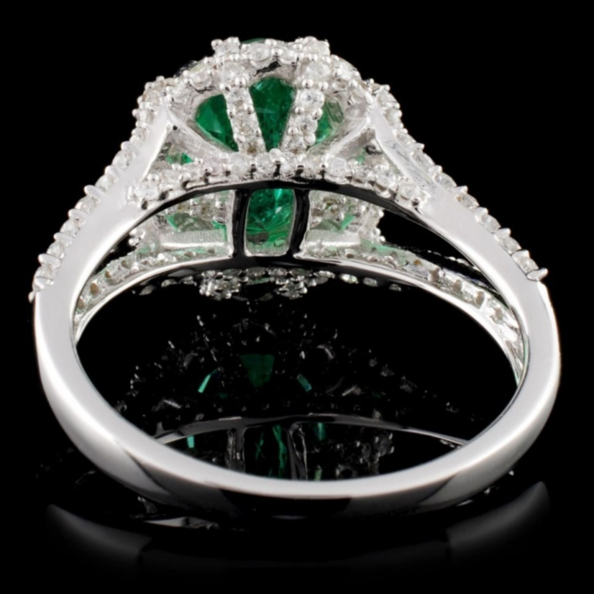 18K White Gold 2.25ct Emerald & 1.17ctw Diamond Ri - Image 3 of 4