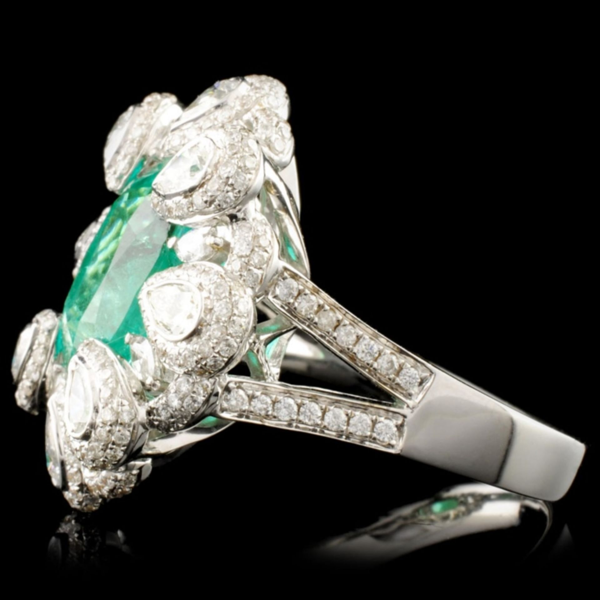 18K Gold 4.83ct Emerald & 2.02ctw Diamond Ring - Image 4 of 5