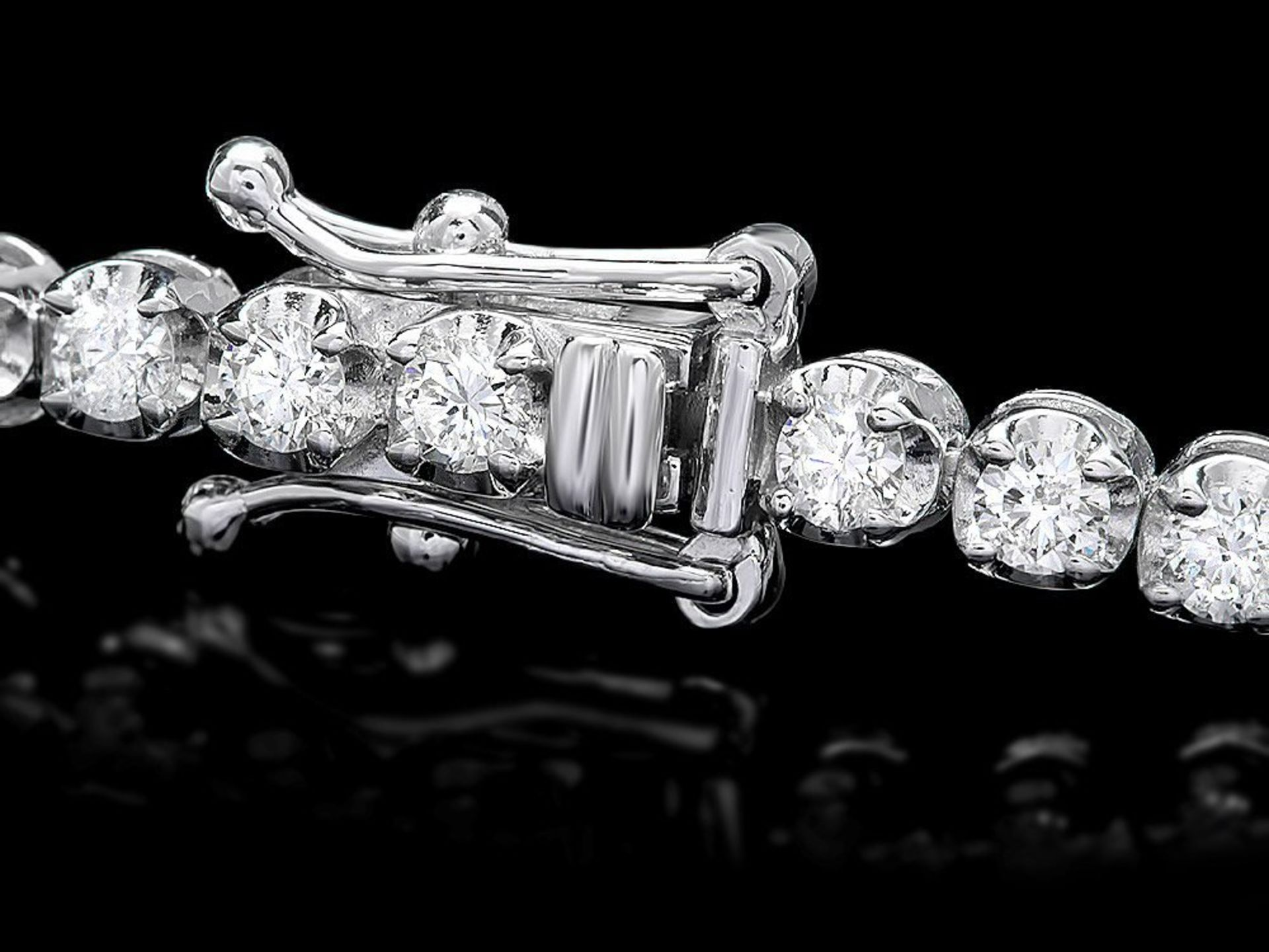 18k White Gold 3.00ct Diamond Bracelet - Image 3 of 4
