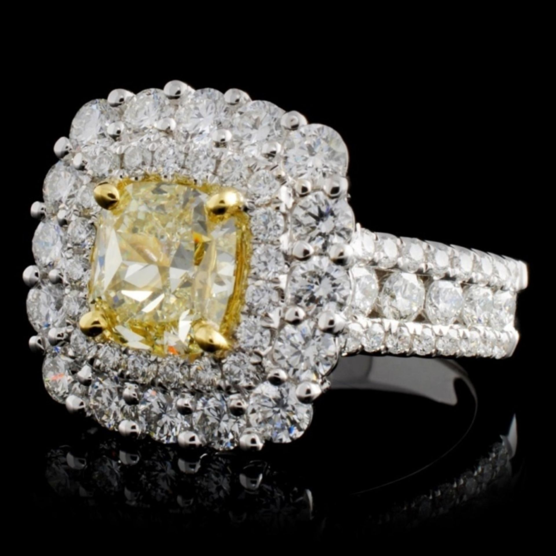 18K White Gold 3.92ctw Fancy Color Diamond Ring - Image 2 of 4