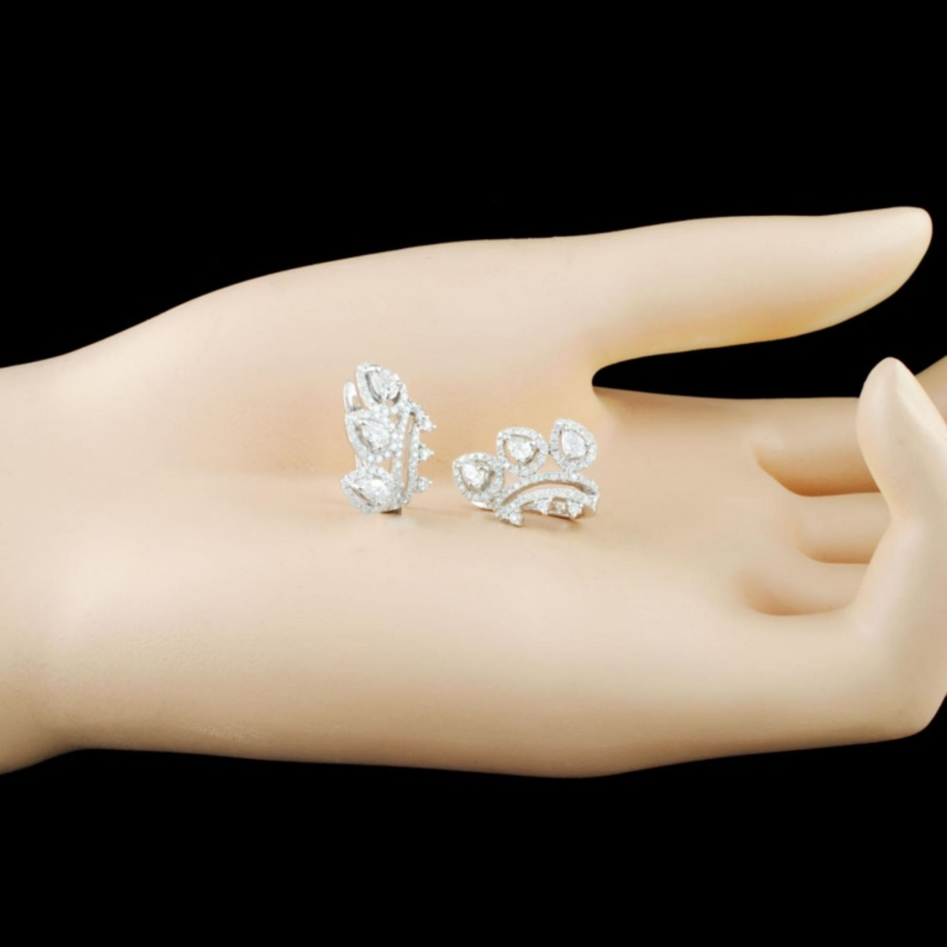 18K Gold 1.28ctw Diamond Earrings - Image 2 of 3