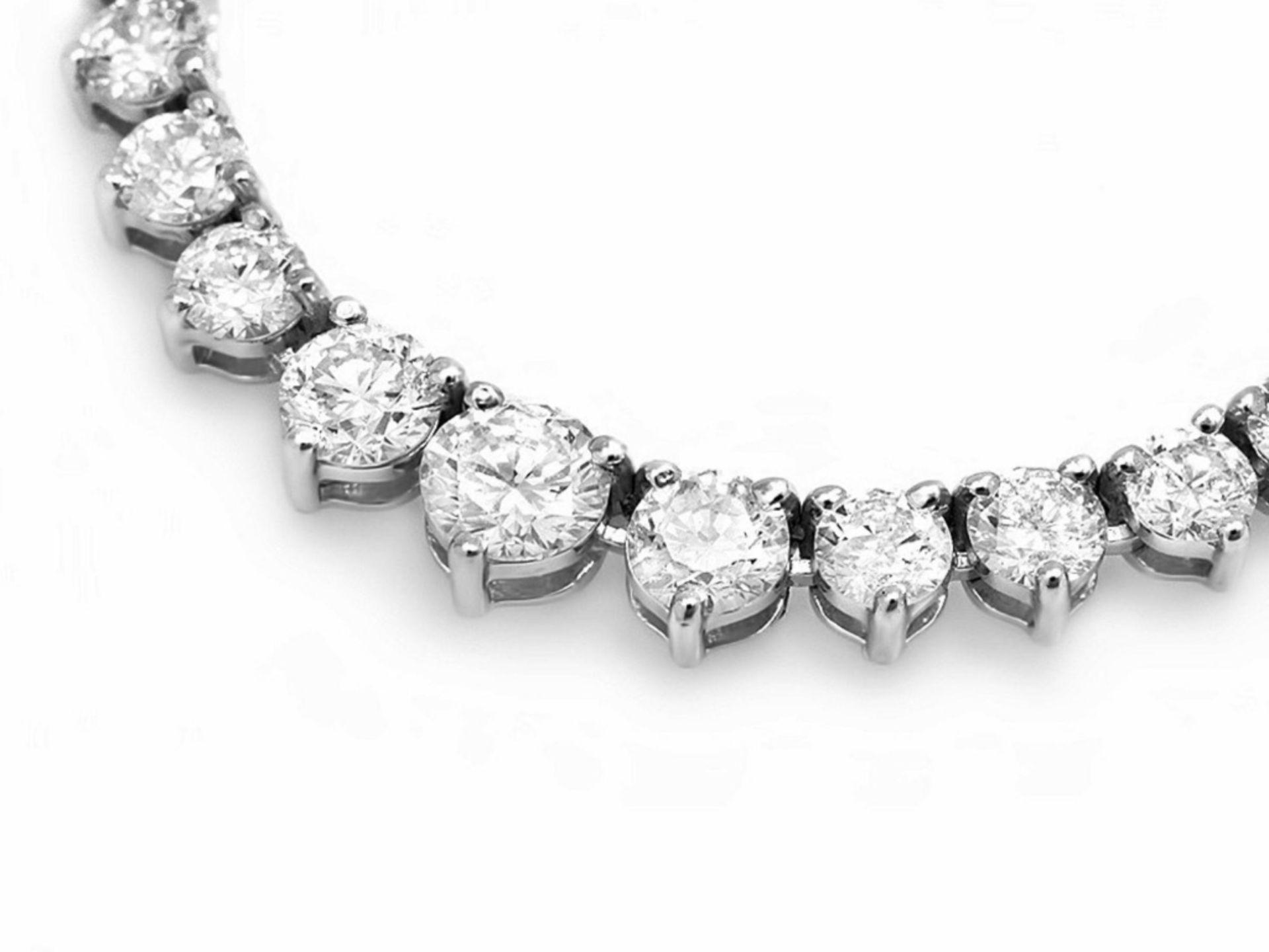 ^18k White Gold 10.00ct Diamond Necklace - Image 3 of 5