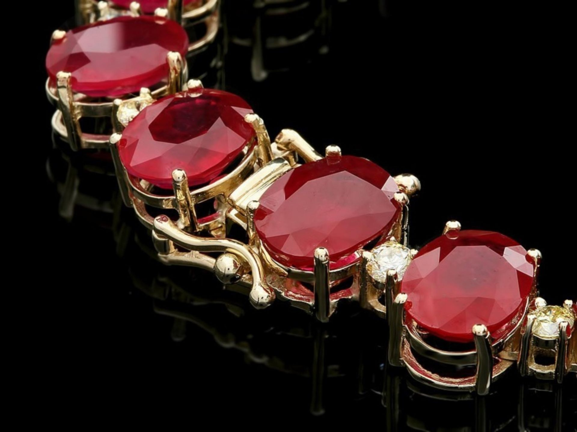 `14k Gold 135.00ct Ruby & 4.00ct Diamond Necklace - Image 3 of 4
