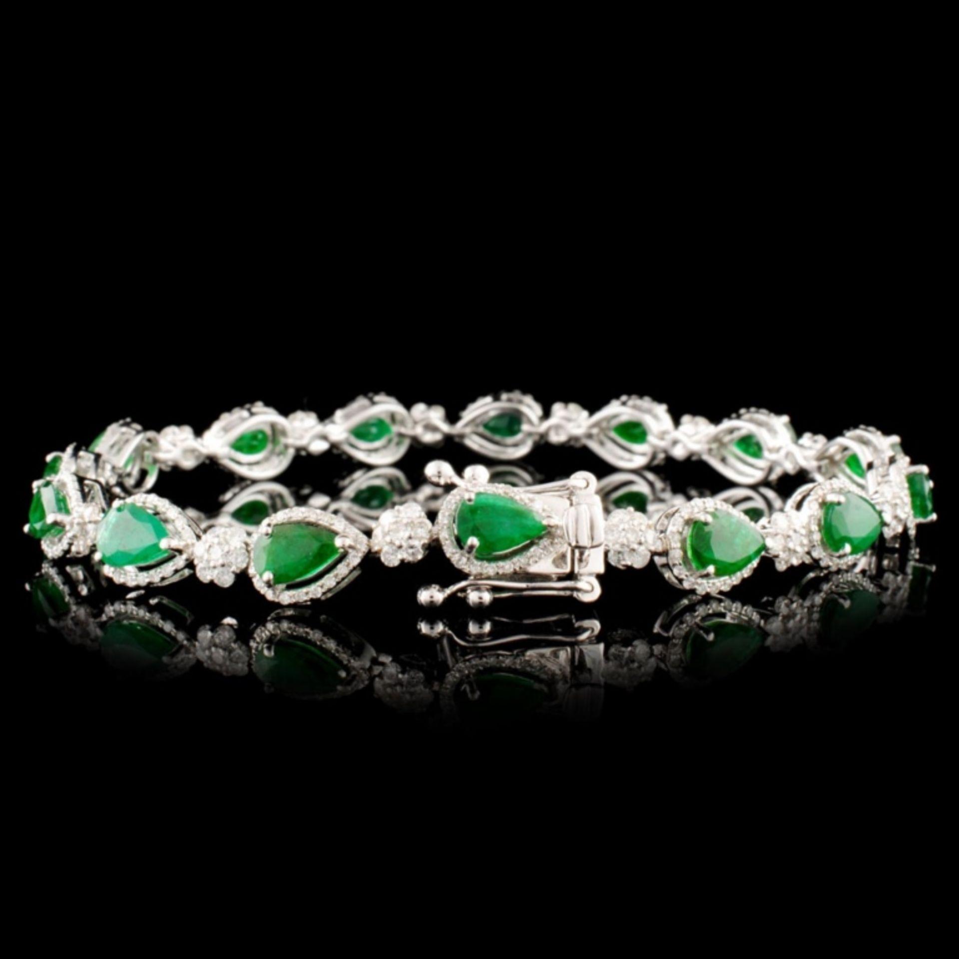 14K Gold 5.47ct Emerald & 1.83ctw Diamond Bracelet - Image 2 of 4