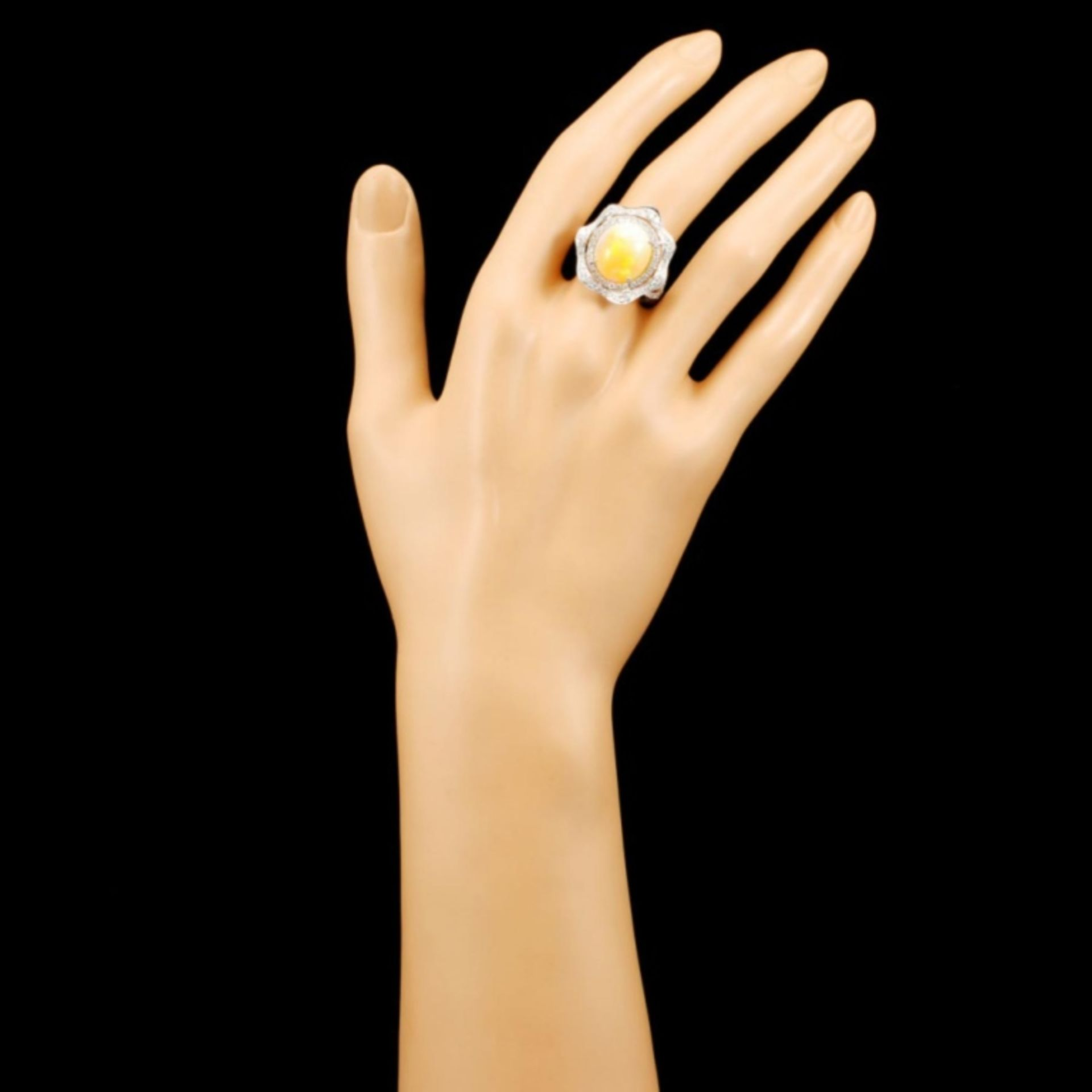 14K Gold 5.27ct Opal & 0.90ctw Diamond Ring - Image 4 of 4