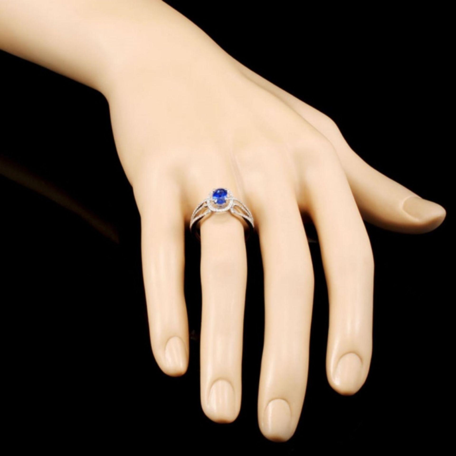 18K Gold 0.86ct Sapphire & 0.32ctw Diamond Ring - Image 3 of 5