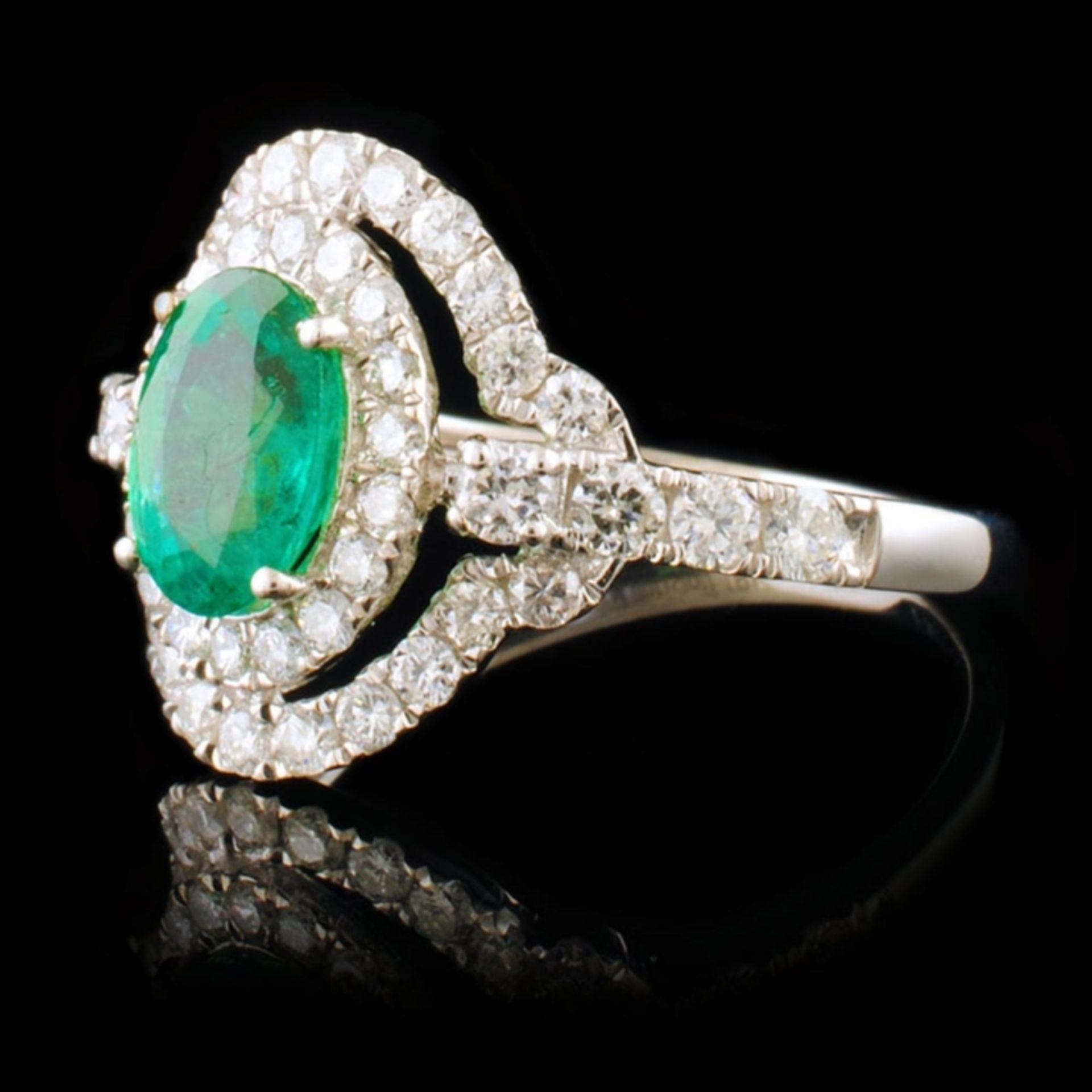 18k White Gold 0.93ct Emerald & 0.82ctw Diamond Ri - Image 2 of 4