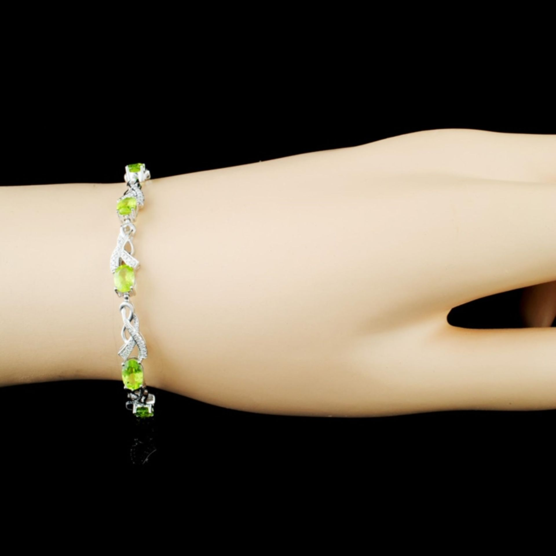 14K Gold 4.60ct Peridot & 0.31ctw Diamond Bracelet - Image 3 of 4