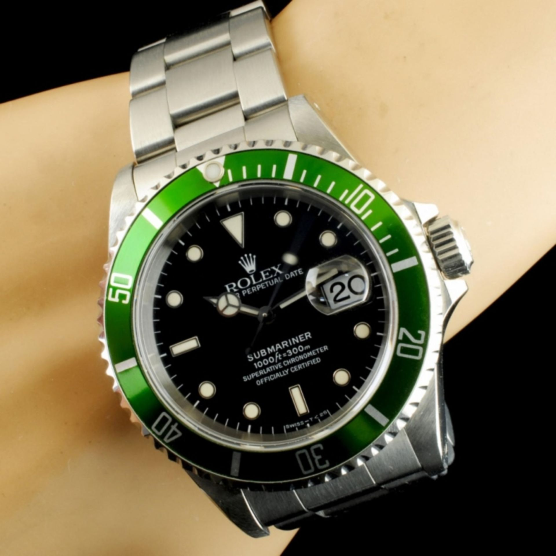 Rolex Submariner Stainless Steel 40MM Wristwatch - Image 2 of 5