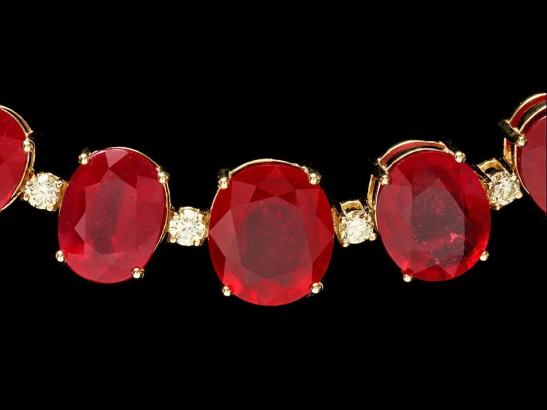 `14k Gold 135.00ct Ruby & 4.00ct Diamond Necklace - Image 2 of 4