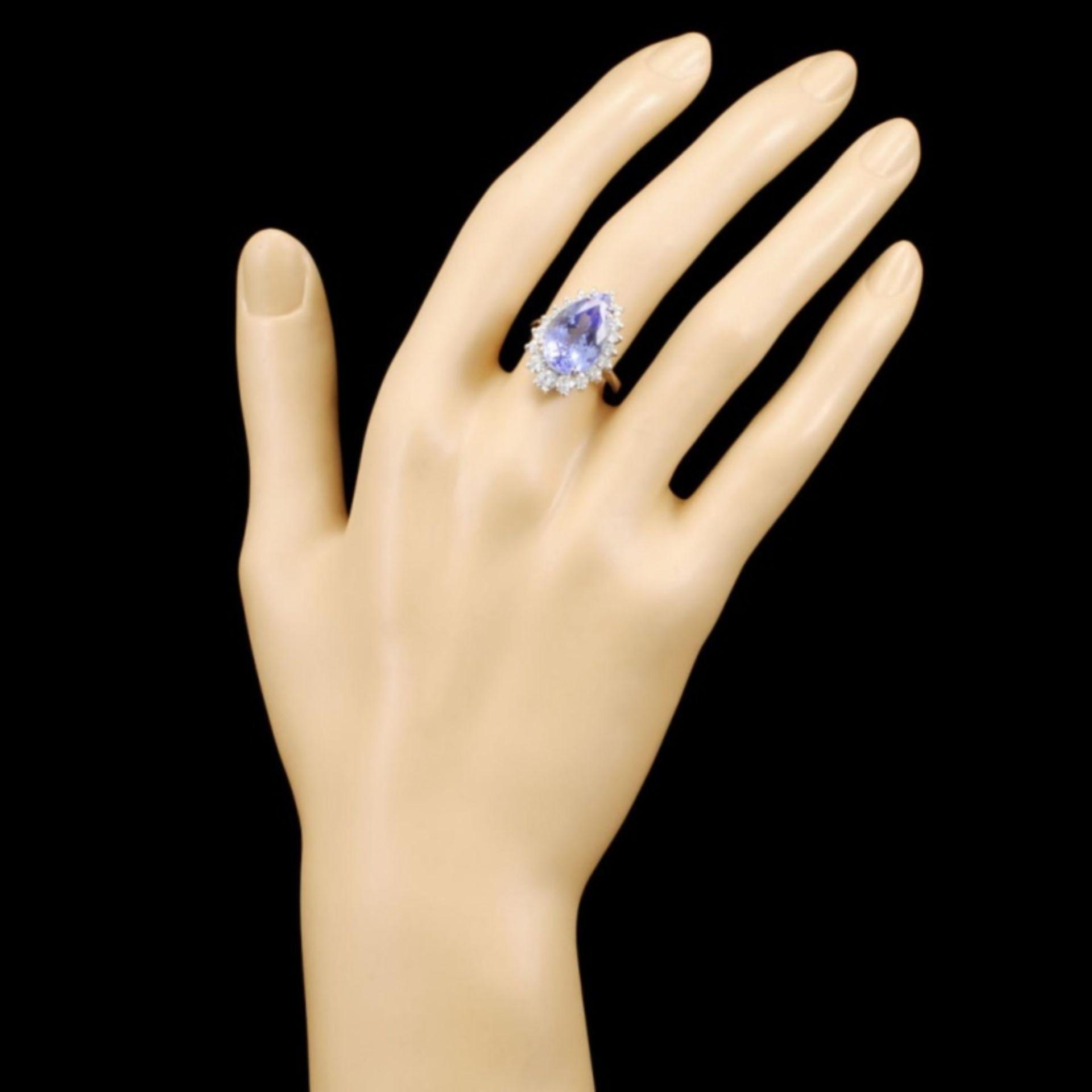 14K Gold 7.07ct Tanzanite & 1.01ctw Diamond Ring - Image 4 of 5