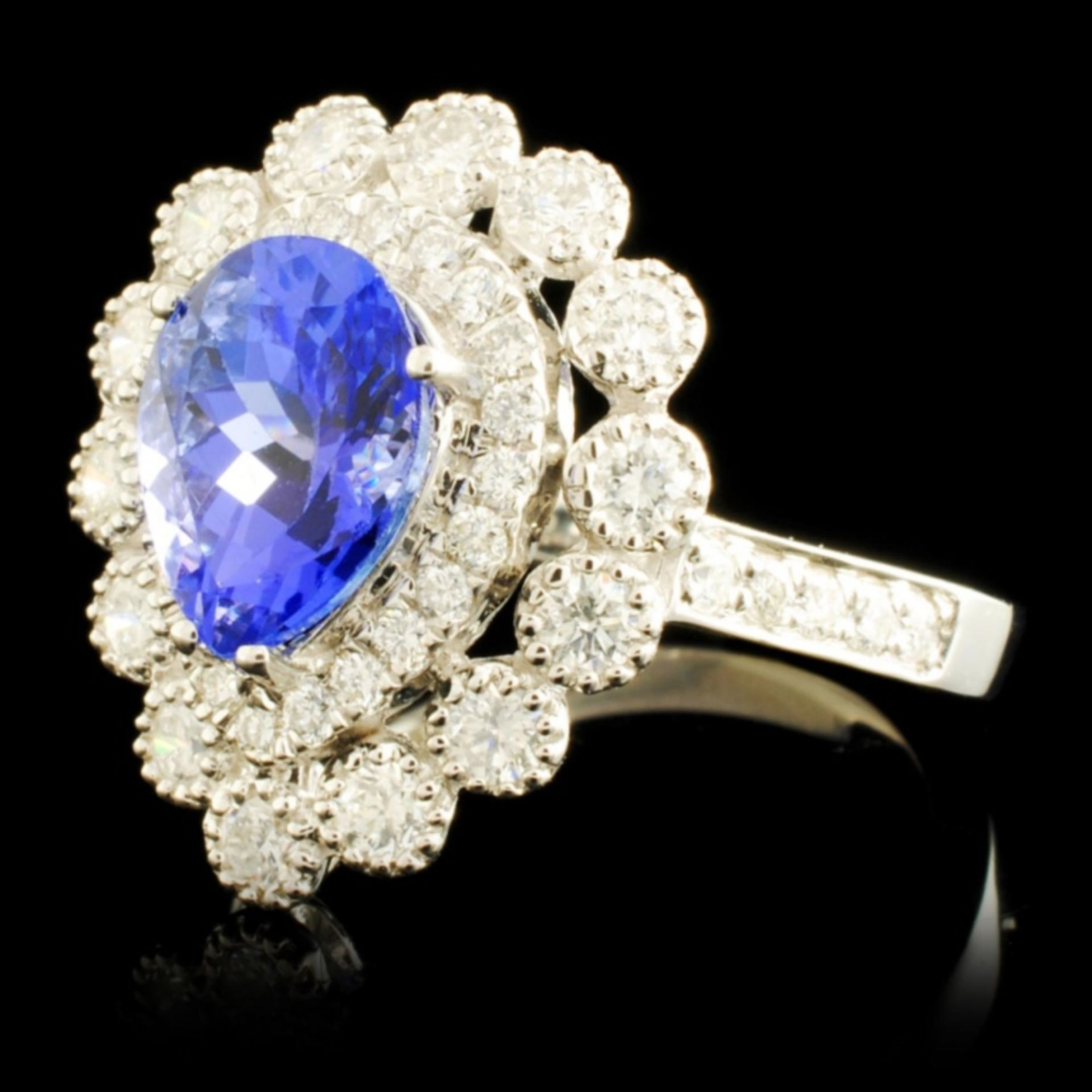 18K Gold 1.95ct Tanzanite & 0.87ctw Diamond Ring - Image 2 of 5