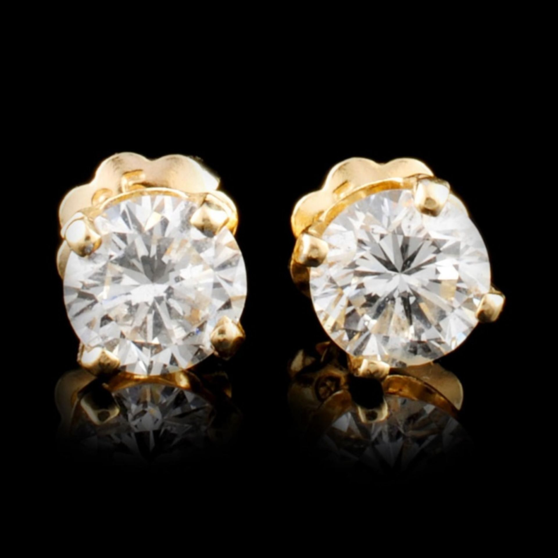 14K Gold 0.58ctw Diamond Earrings