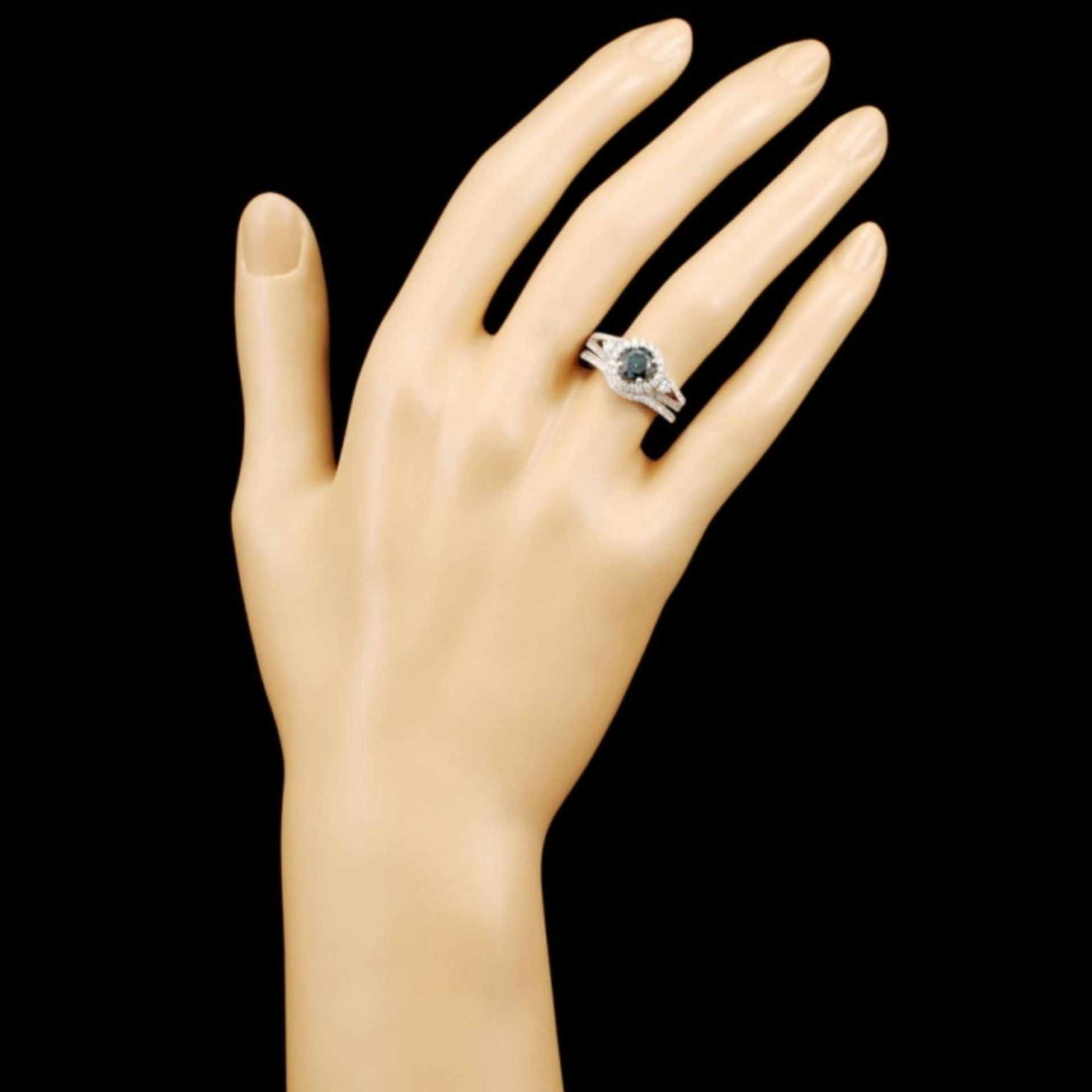 18K Gold 1.47ctw Fancy Color Diamond Ring - Image 4 of 5