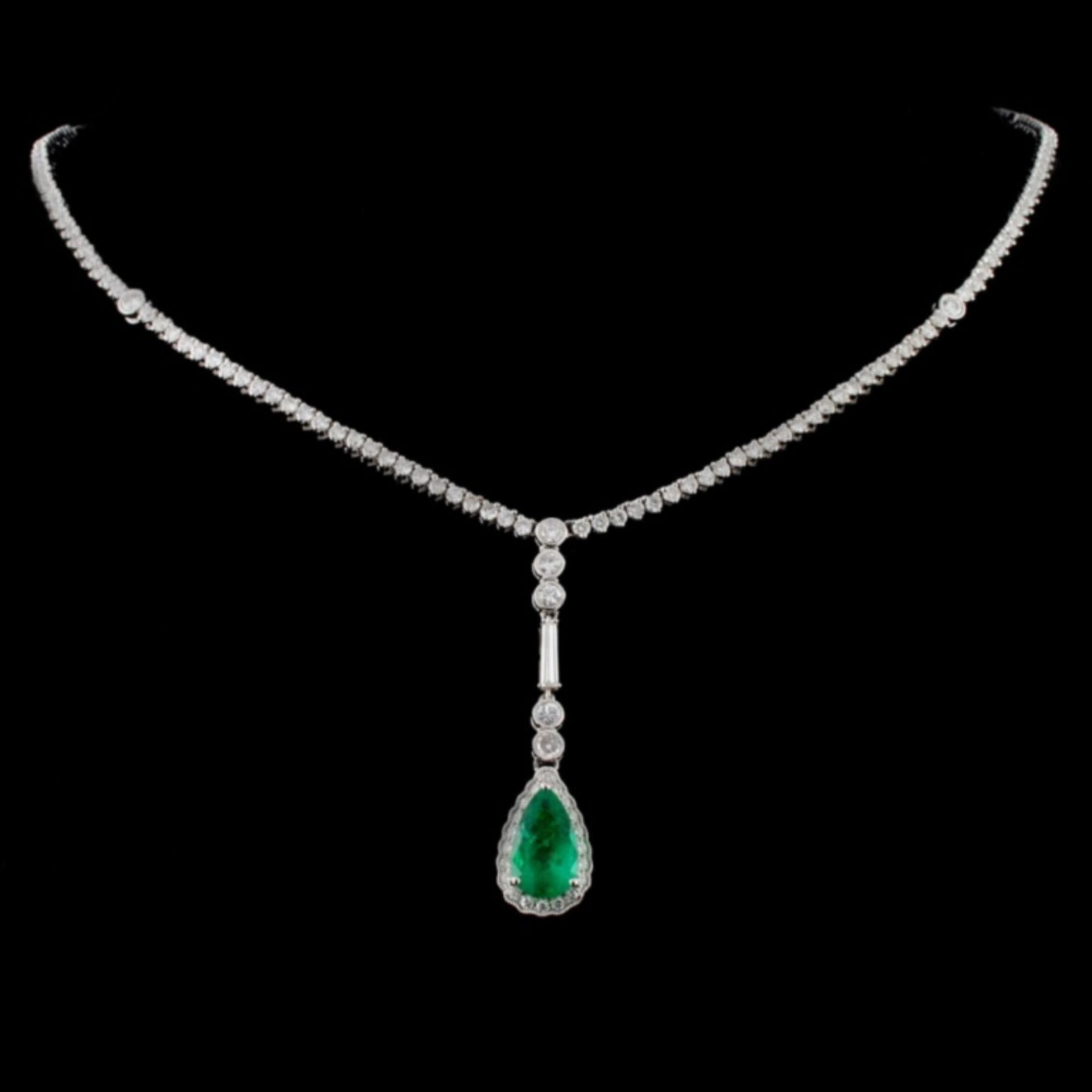 18K White Gold 1.81ct Emerald & 4.15ct Diamond Nec - Image 2 of 3
