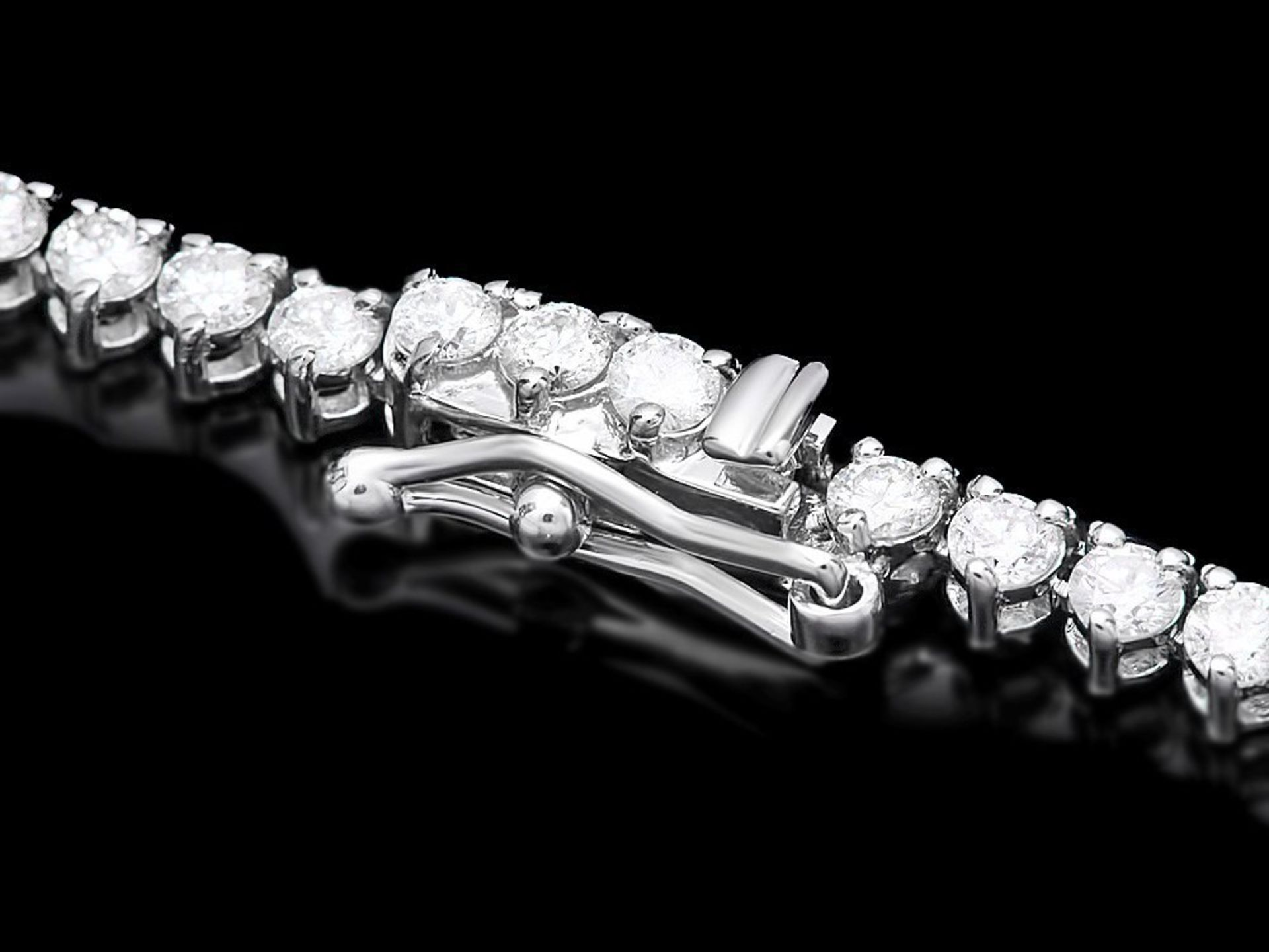 18k White Gold 9.50ct Diamond Necklace - Image 4 of 5