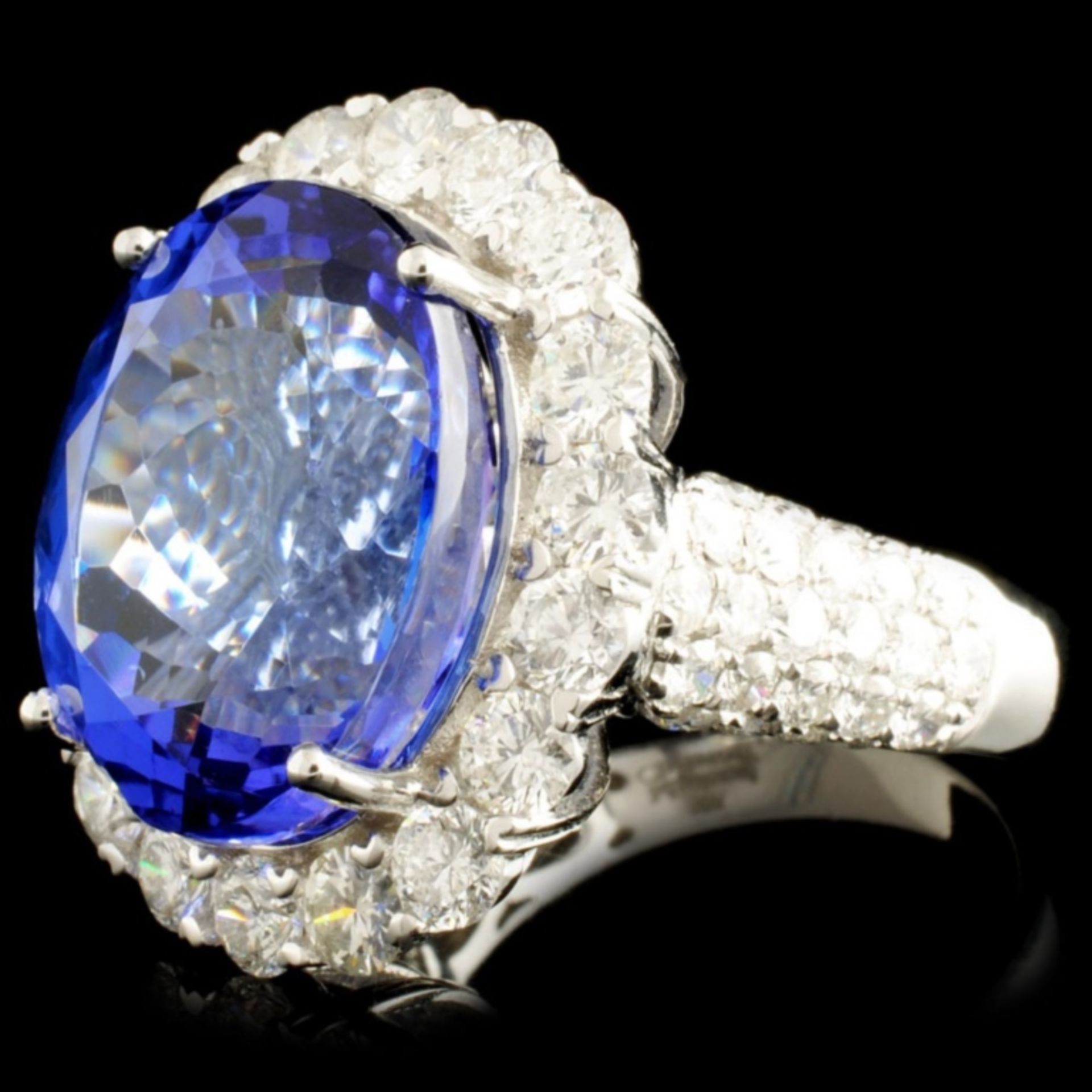 18K Gold 16.11ct Tanzanite & 3.06ctw Diamond Ring - Image 2 of 5