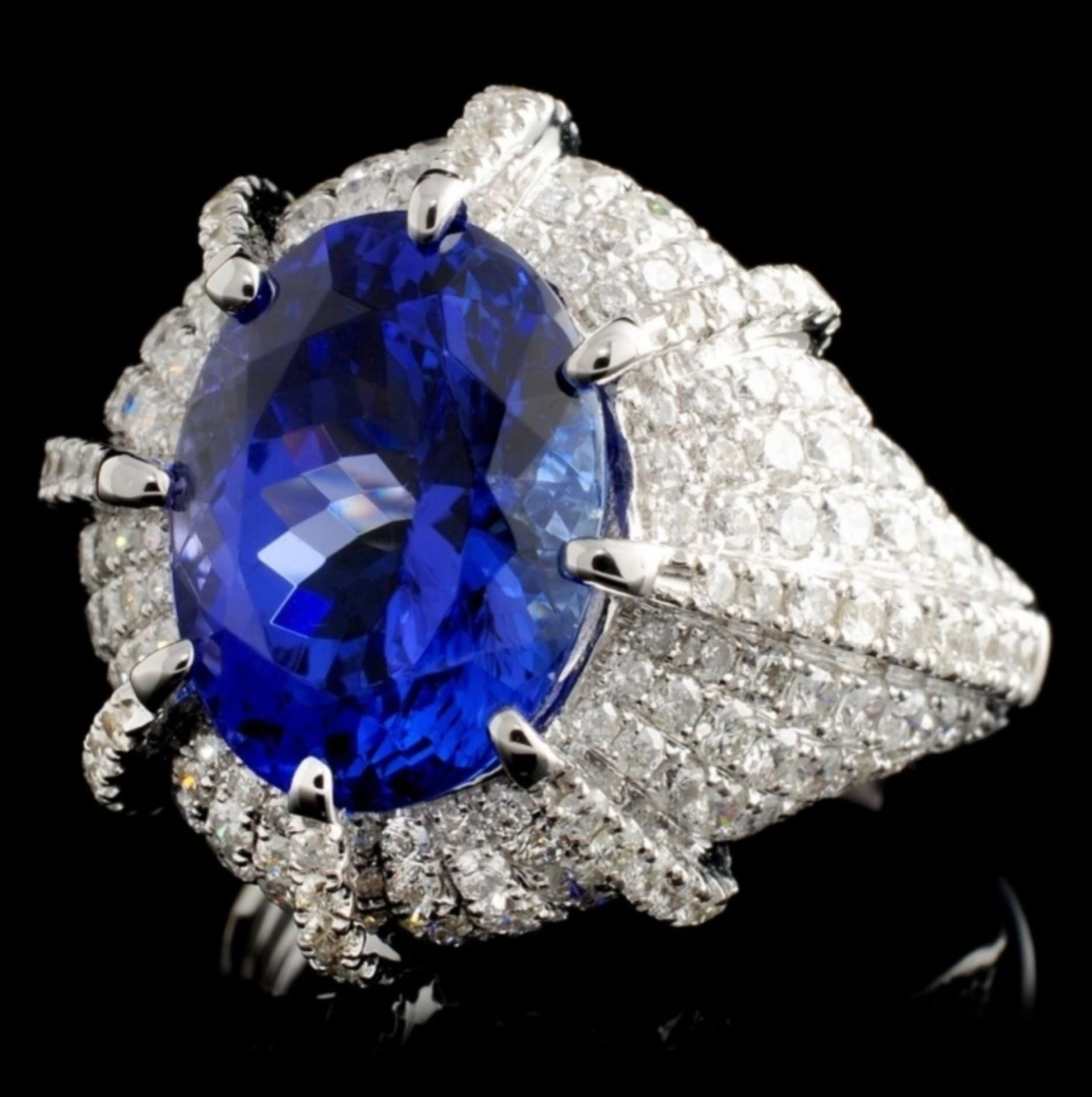 18K White Gold 5.49ct Tanzanite & 1.96ct Diamond R - Image 2 of 4