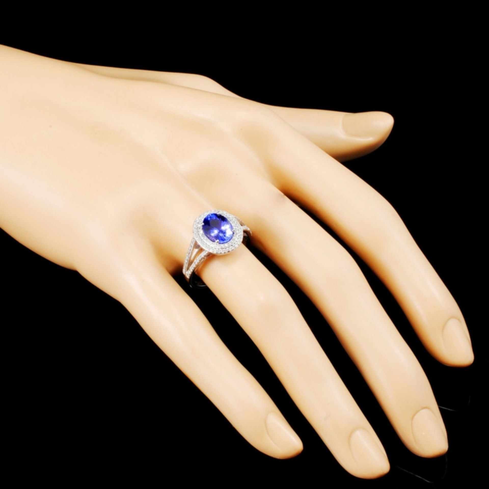 14K Gold 1.95ct Tanzanite & 0.48ctw Diamond Ring - Image 3 of 5