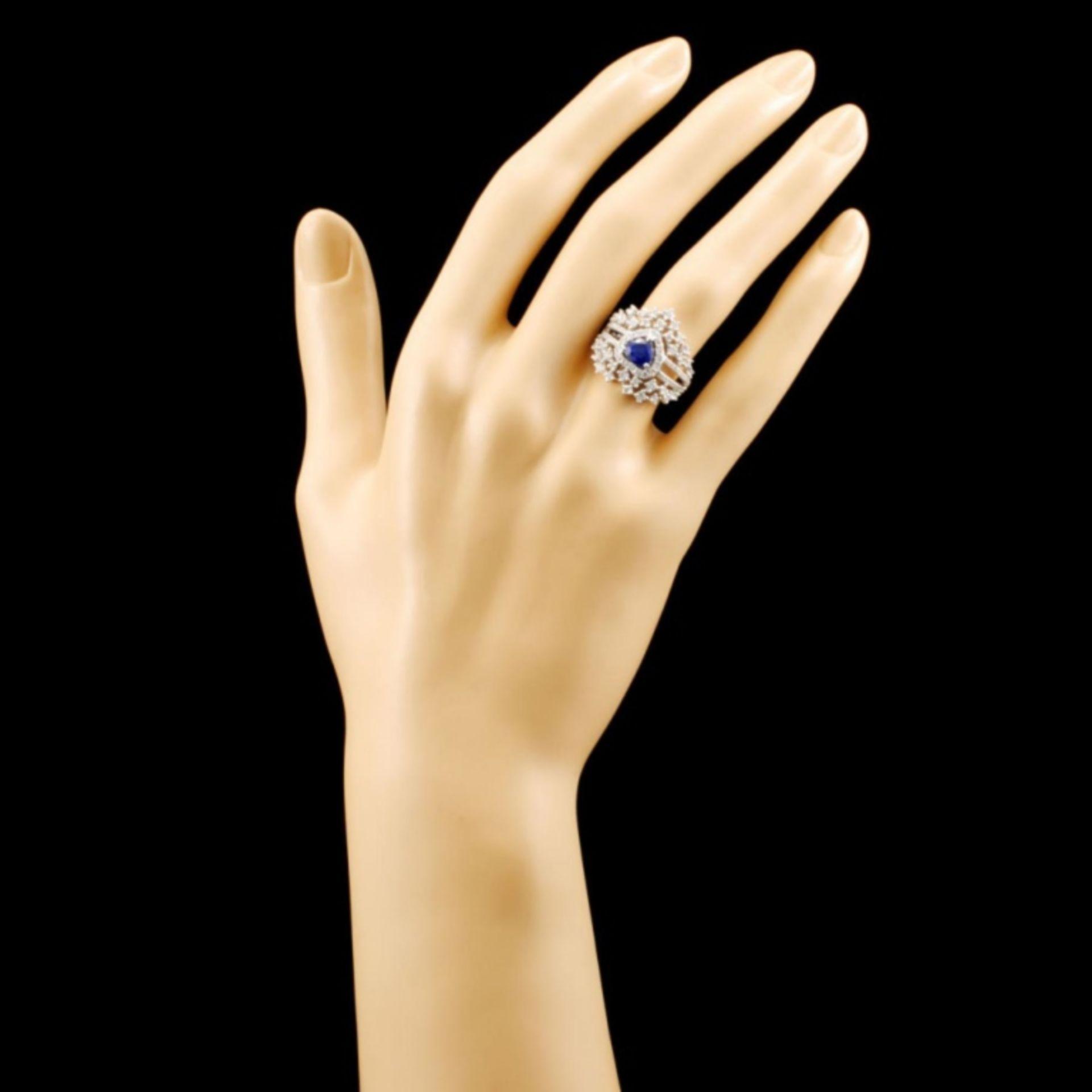 18K Gold 0.83ct Sapphire & 1.02ctw Diamond Ring - Image 4 of 4