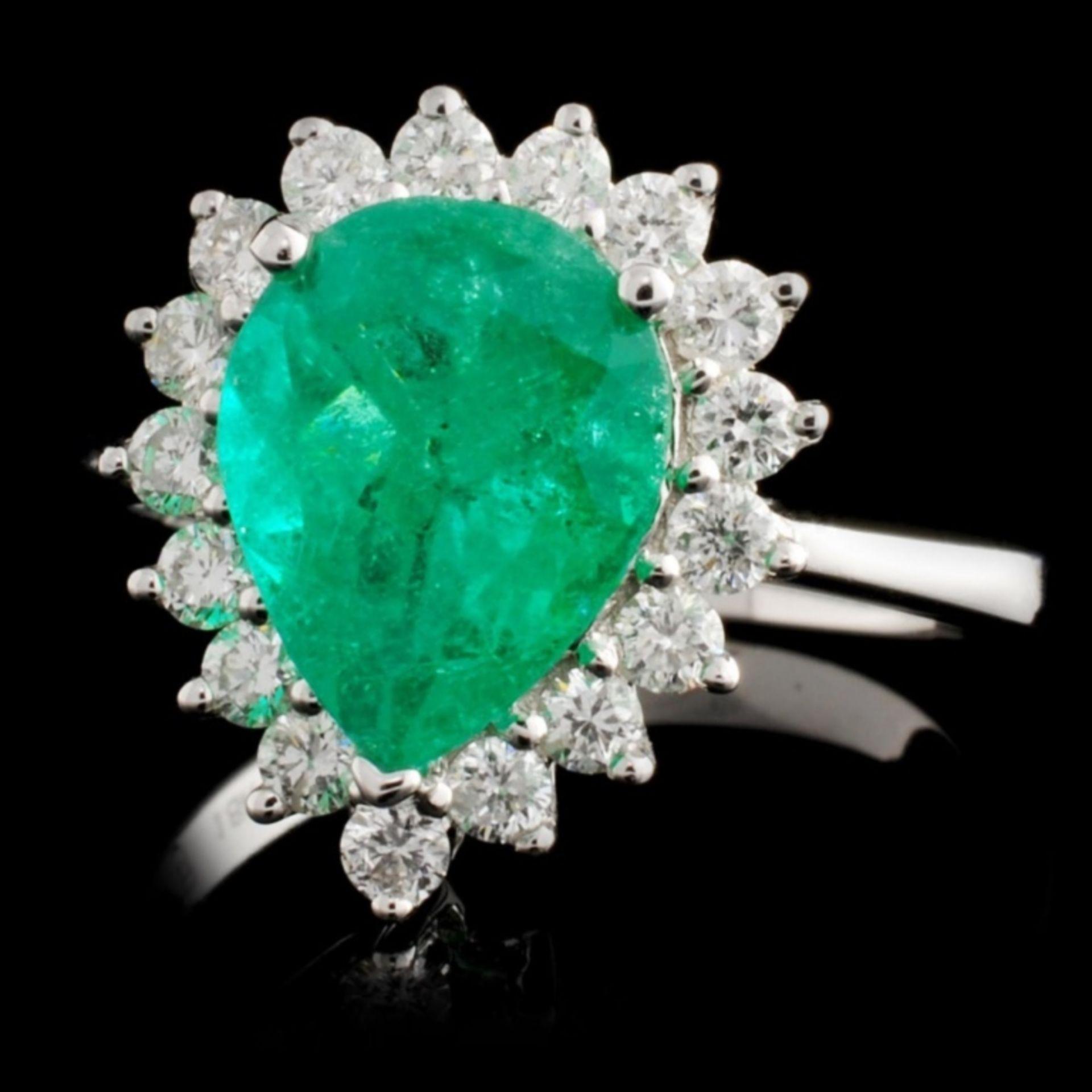 18K White Gold 2.32ct Emerald & 0.56ct Diamond Rin - Image 2 of 4
