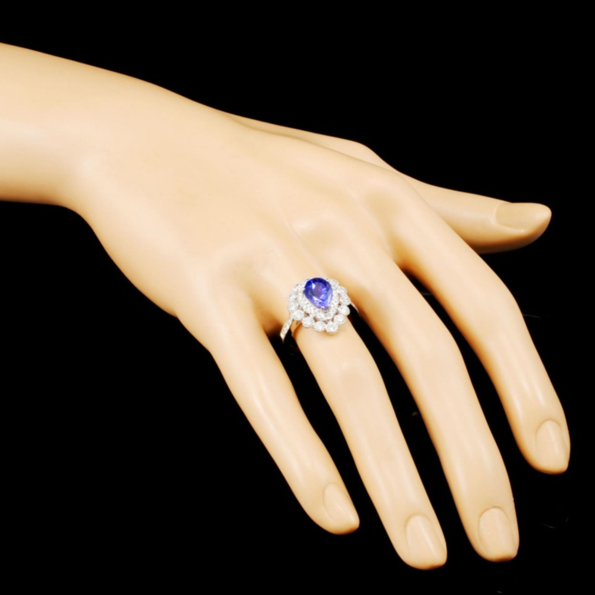 18K Gold 1.95ct Tanzanite & 0.87ctw Diamond Ring - Image 3 of 5
