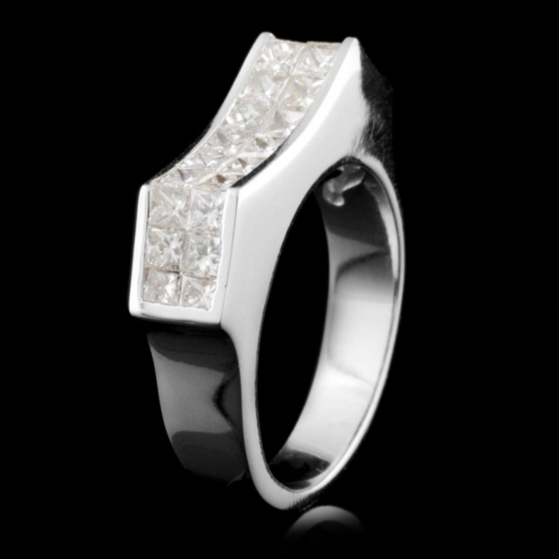 18K Gold 1.92ctw Diamond Ring - Image 2 of 3