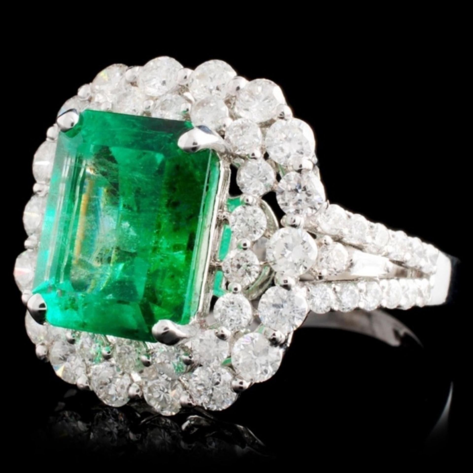 18K W Gold 3.54ct Emerald & 1.77ct Diamond Ring - Image 2 of 4