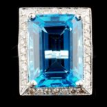 18K Gold 13.96ct Topaz & 0.52ctw Diamond Ring