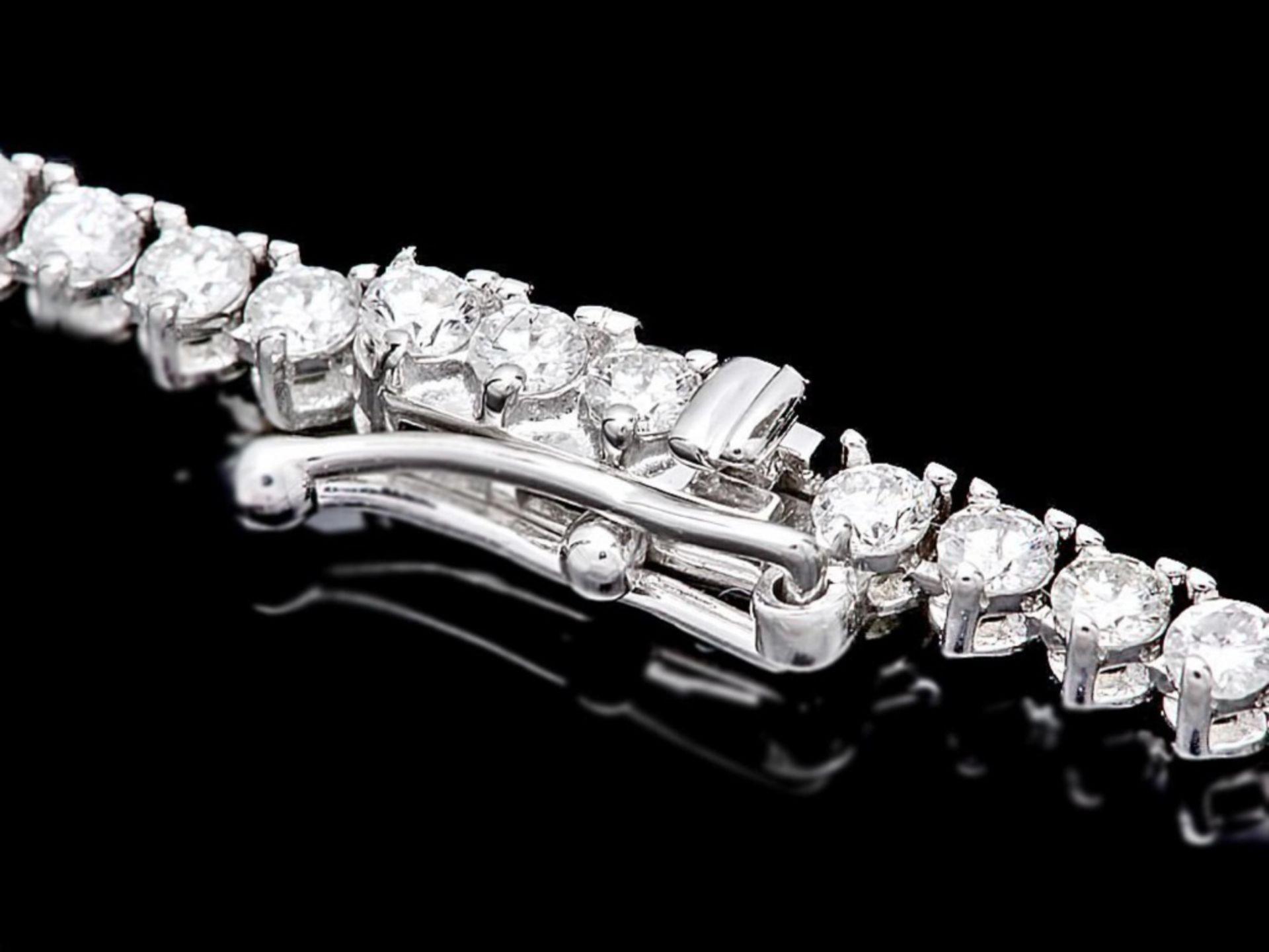 ^18k White Gold 6.00ct Diamond Necklace - Image 2 of 3