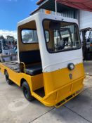 TAYLOR DUNN ELECTRIC SHOP CART, FLAT BED, BUILT IN BATTERY CHARGER, RUNS AND DRIVES