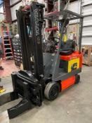 TOYOTA 5FBCU15 FORKLIFT, ROTATOR CLAMP, TILT, SIDE SHIFT ATTACHMENT, RUNS AND OPERATES