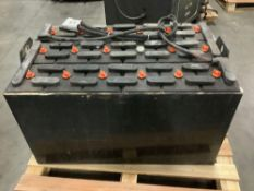 C&D TECHNOLOGIES C-LINE INDUSTRIAL FORKLIFT BATTERY CHARGER SERIAL #6H50939 APPROX 36 VOLTS