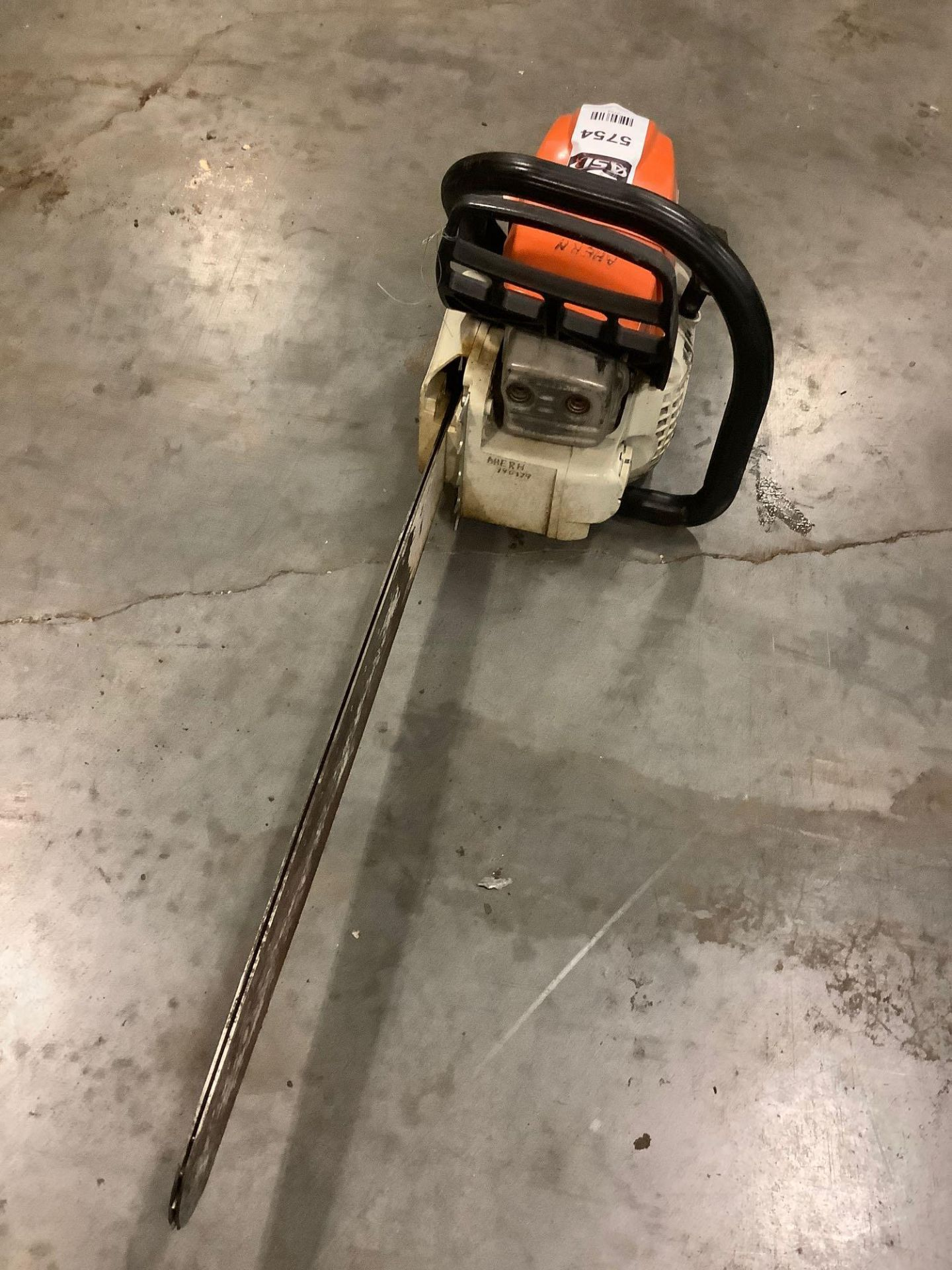 2017 STIHL CHAIN SAW MODEL MS291 MISSING CHAIN & HANDLE IS BROKEN - Image 6 of 6