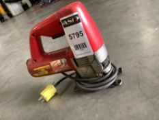 HEAVY DUTY DOUBLE INSULATED MILWAUKEE JIG SAW APPROX AMPS 5.7,APPROX VOLTS 120