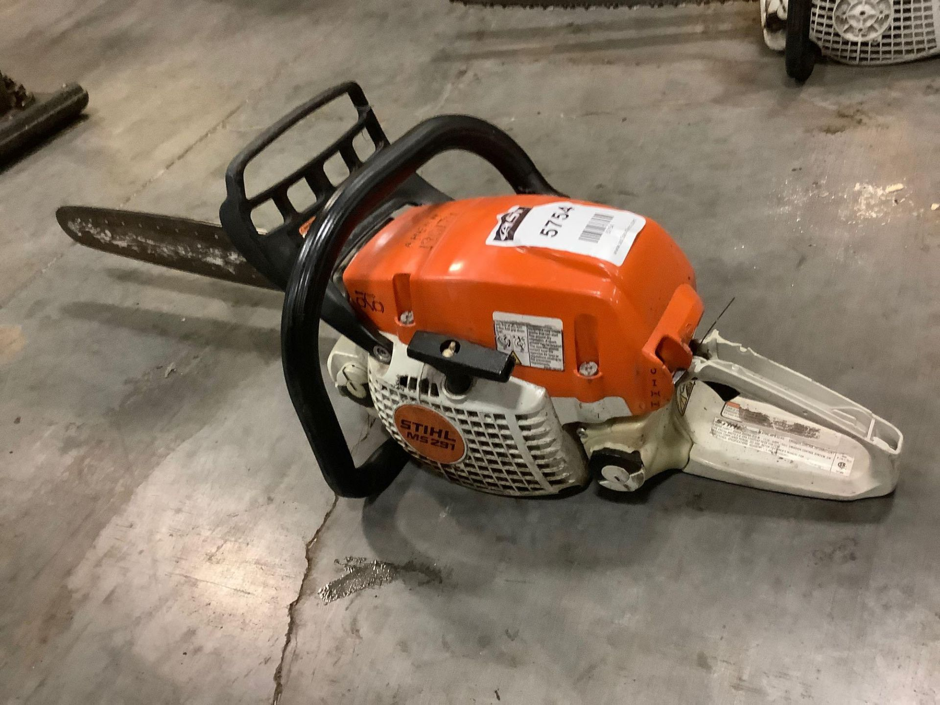 2017 STIHL CHAIN SAW MODEL MS291 MISSING CHAIN & HANDLE IS BROKEN - Image 3 of 6