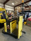 2016 HYSTERSTAND-ON ELECTRICTUGGER, RUNS & OPERATES