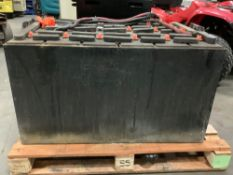 C&D TECHNOLOGIES C-LINE INDUSTRIAL FORKLIFT BATTERY CHARGER SERIAL #6H509949 APPROX 36 VOLTS
