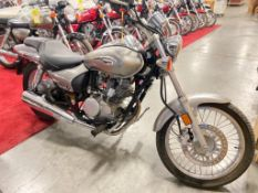 2009 KAWASAKI MOTORCYCLE MODEL BN125-A. RUNS & DRIVES.