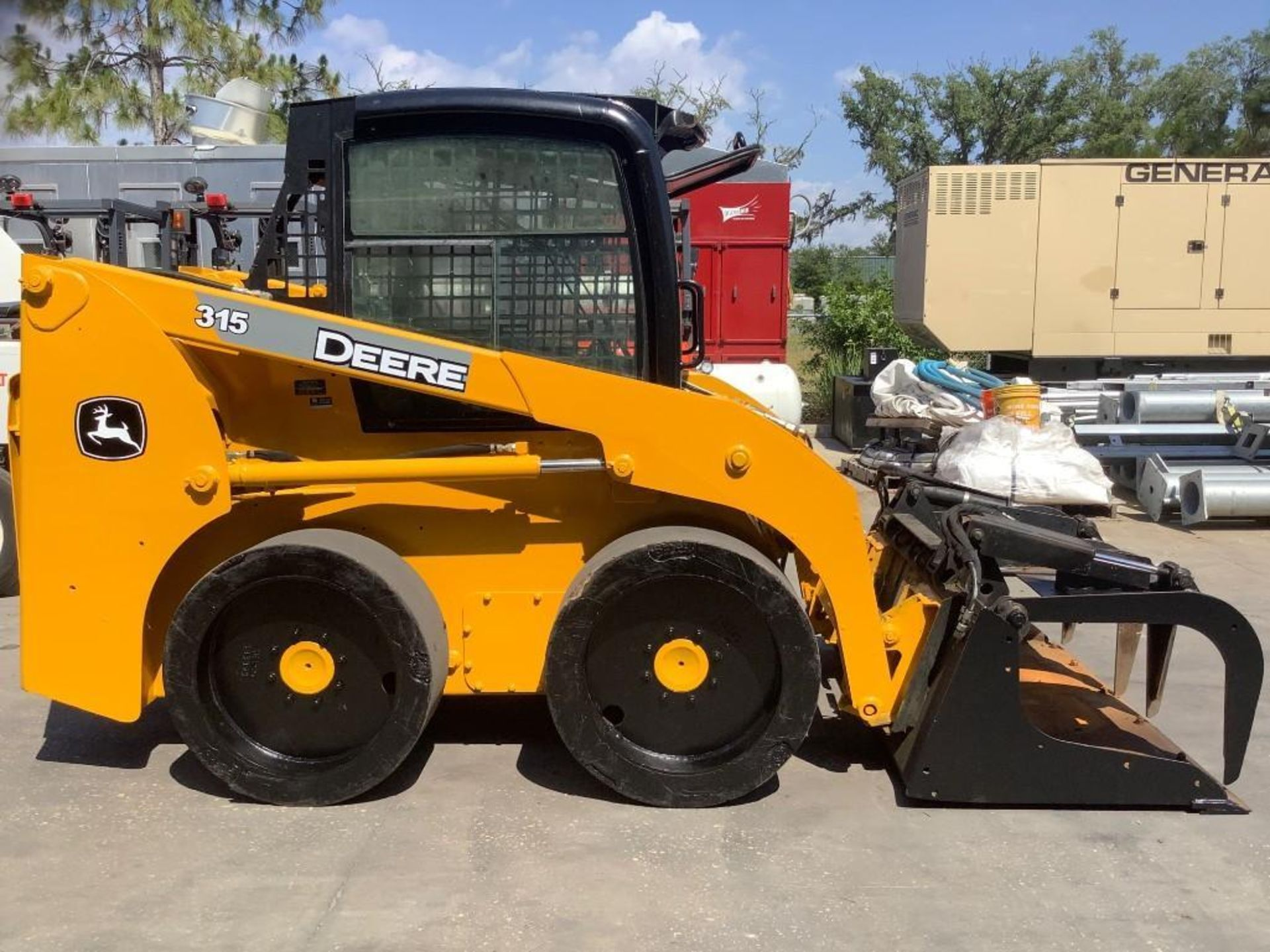 JOHN DEERE SKIDSTEER MODEL 315, DIESEL, GRAPPLE ATTACHMENT, SOLID TIRES, AUX HYDRAULIC, ENCLOSED CAB - Image 3 of 15