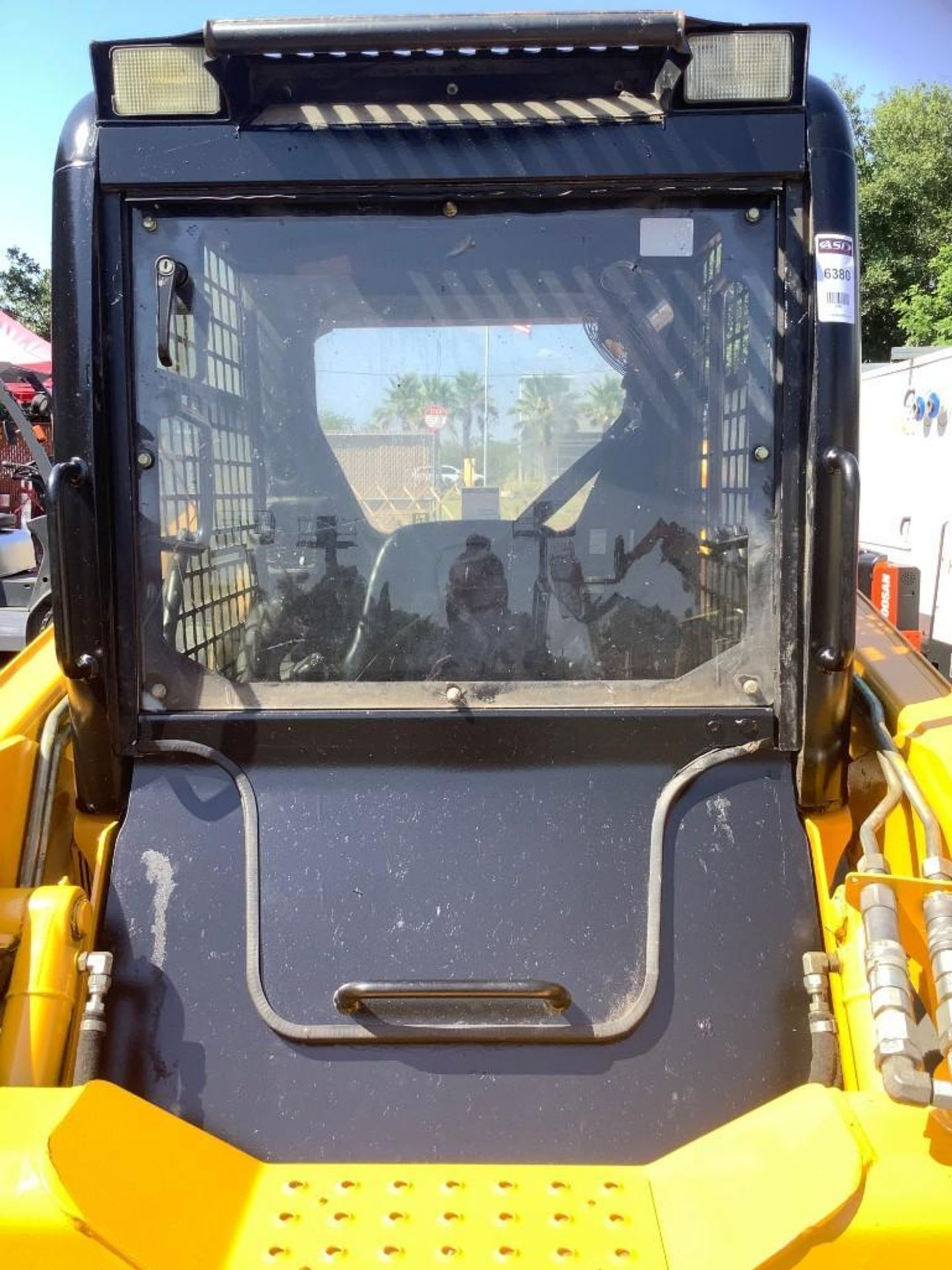 JOHN DEERE SKIDSTEER MODEL 315, DIESEL, GRAPPLE ATTACHMENT, SOLID TIRES, AUX HYDRAULIC, ENCLOSED CAB - Image 10 of 15