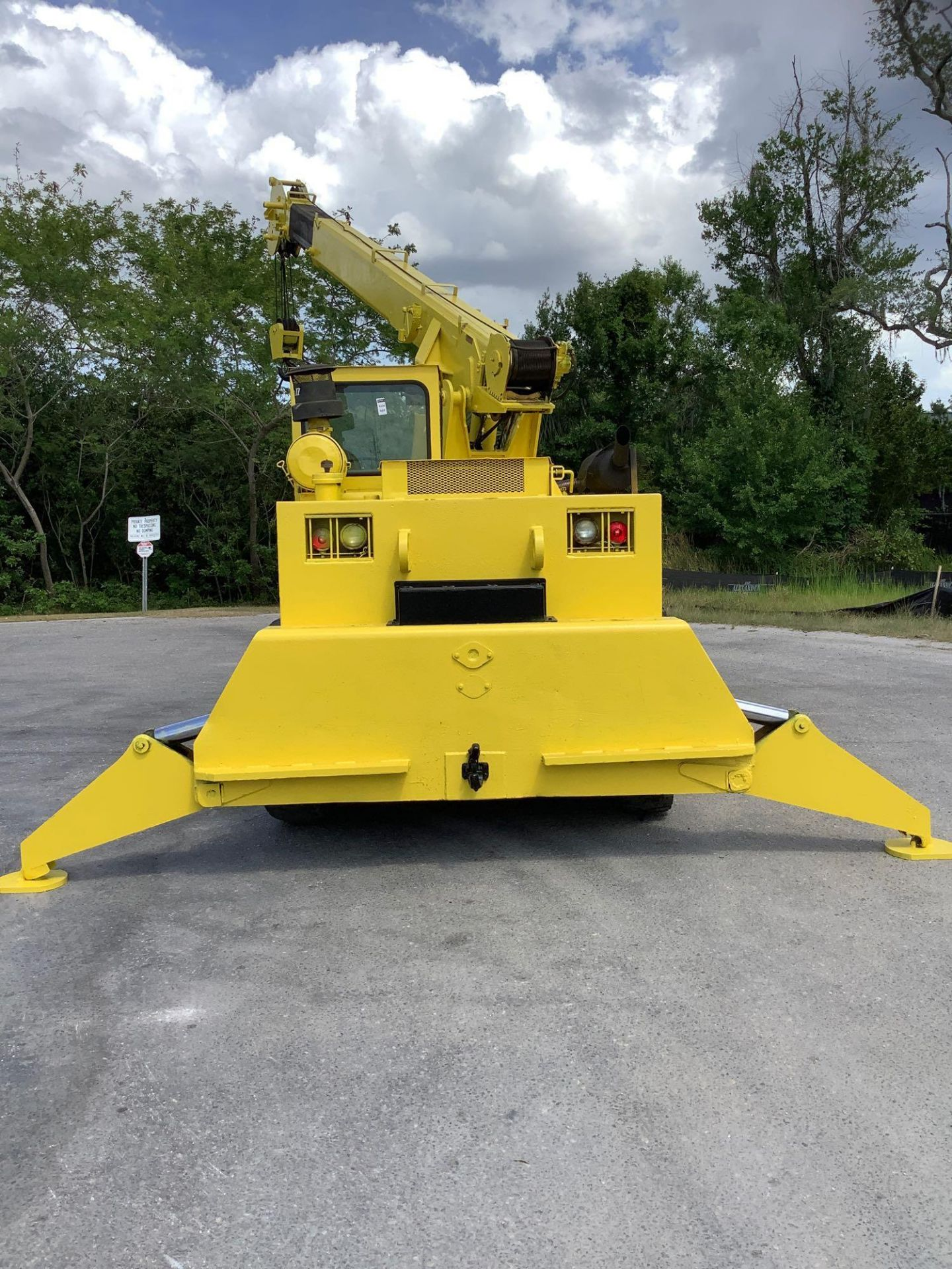 GROVE TRUCK CRANE MODEL IND1012, HYDRAULIC, TELESCOPIC, DIESEL,OUTRIGGER, RUNS AND OPERATES - Image 8 of 18