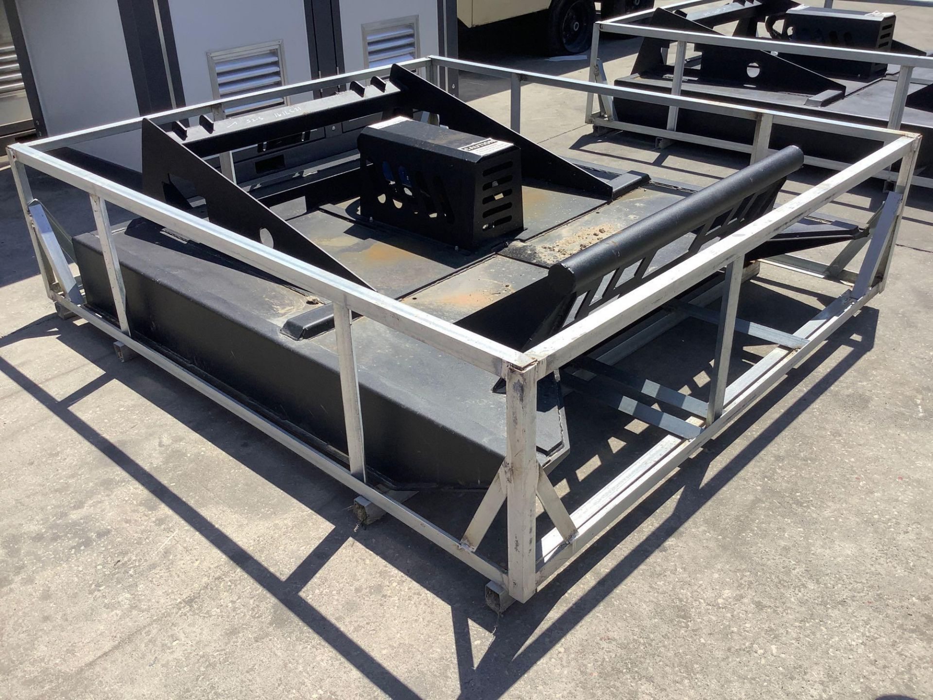 UNUSED BRUSH CUTTER ATTACHMENT FOR SKID STEER APPROX 77IN LONG x 70IN WIDE - Image 3 of 5