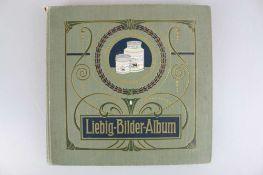 Liebig-Bilder-Album mit 240 chromolithogr. Sammelbildern, um 1900.
