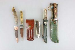 Konvolut von 5 jagdlichen Messern.